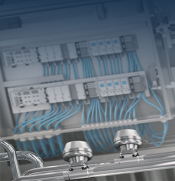 Pneumatiek (Afgeleid van het Griekse: p?e?µa pneuma) is een een energievorm waarbij samengeperste lucht (perslucht) de energie overdracht verzorgt. De perslucht die de pneumatiek bediend wordt meestal opgewekt door compressoren die op een centraal punt van de fabriek of installatie staat (compressor ruimte) en wordt verdeelt door een leidingwerk naar de verschillende applicaties (Pneumatisch bediende machines of processen).