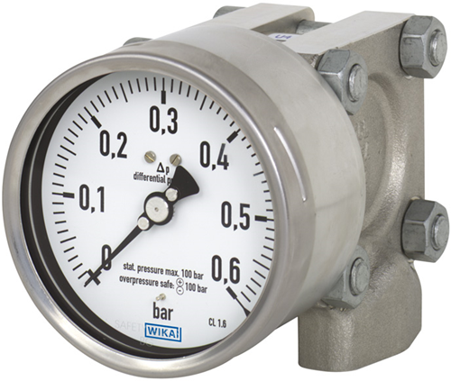 Differential pressure gauge axial